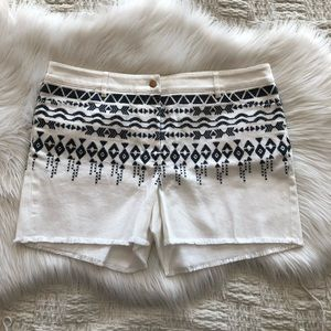 J. McLaughlin Mimi White & Black Embroidered Short